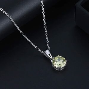 S925 August (peridot) birthstone necklace